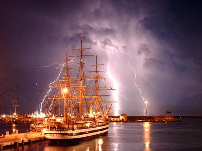 Storia navale: La regina dei mari, l'Amerigo Vespucci  di Andrea Mucedola