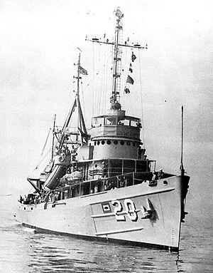 300px-USS_Skylark_(ASR-20)