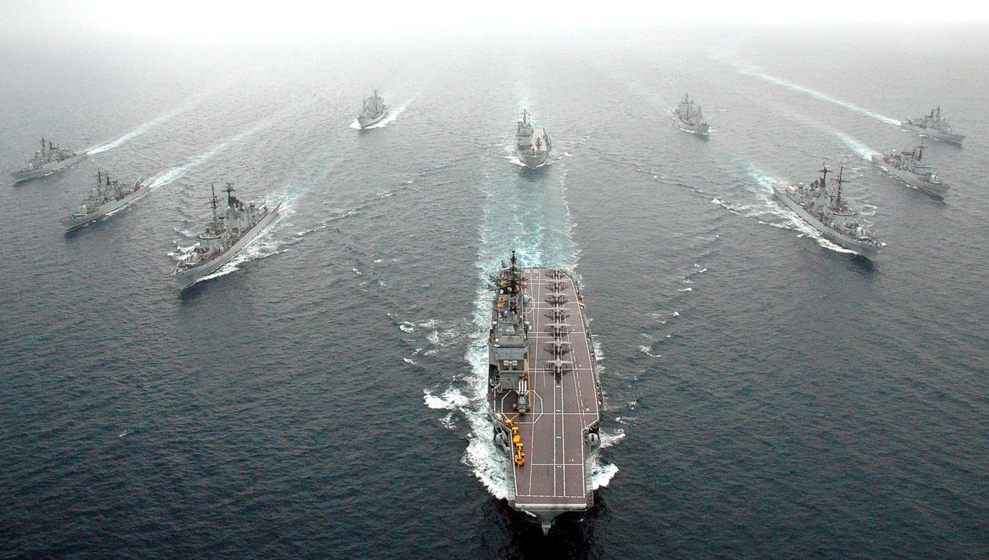 Concorsi per l'ammissione di allievi Ufficiali in Accademia Navale e per nomina diretta