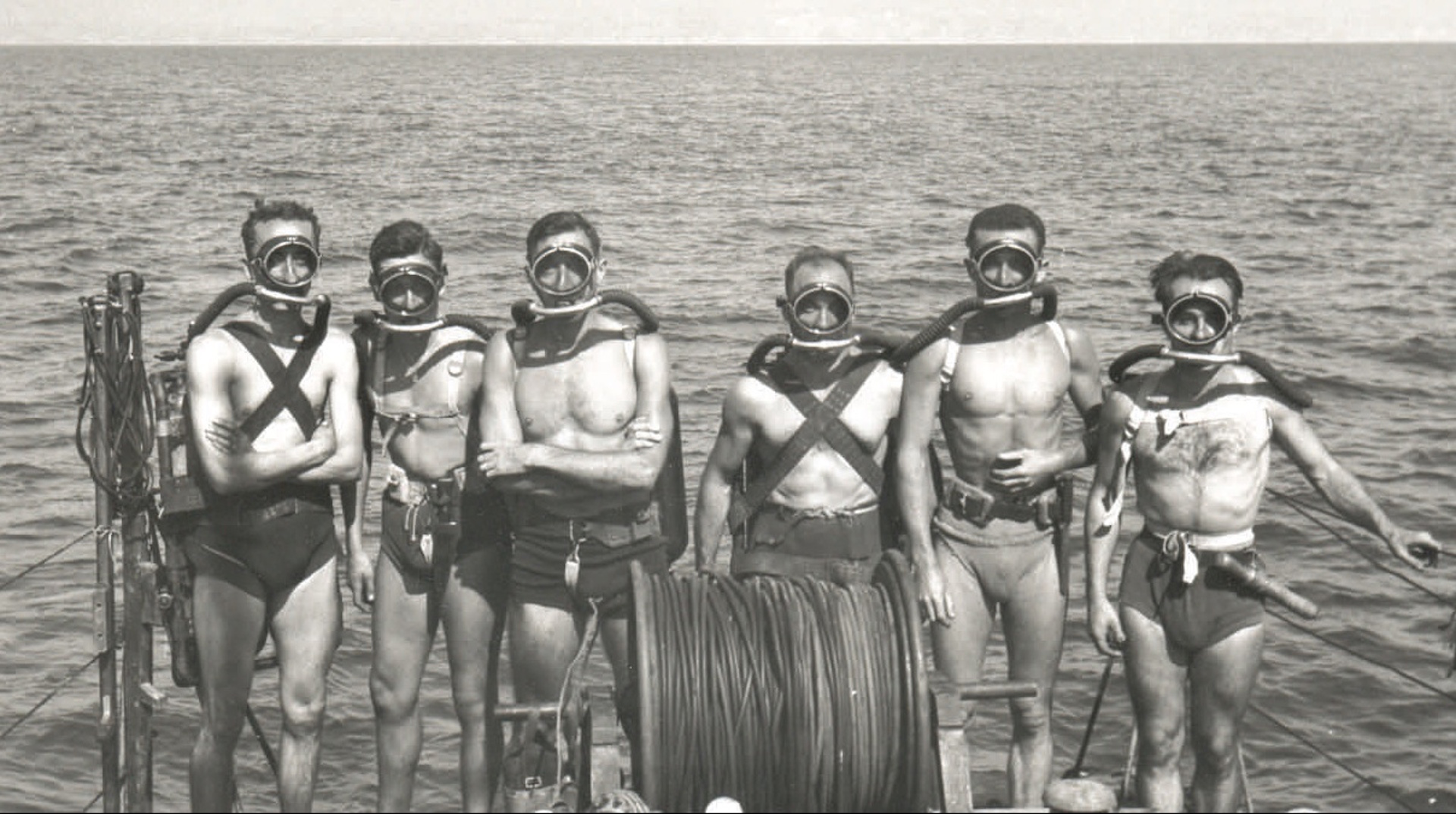 Video: L'avventura del cinema sott'acqua, la seconda guerra mondiale e la rivoluzione dell'erogatore Cousteau-Gagnan - parte I  di Marina Cappabianca