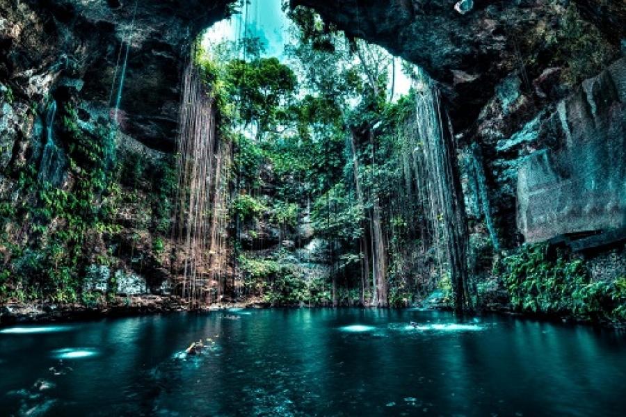 Geologia: Cenotes, trovato il collegamento tra due grandi sistemi di cavità sommerse in Messico