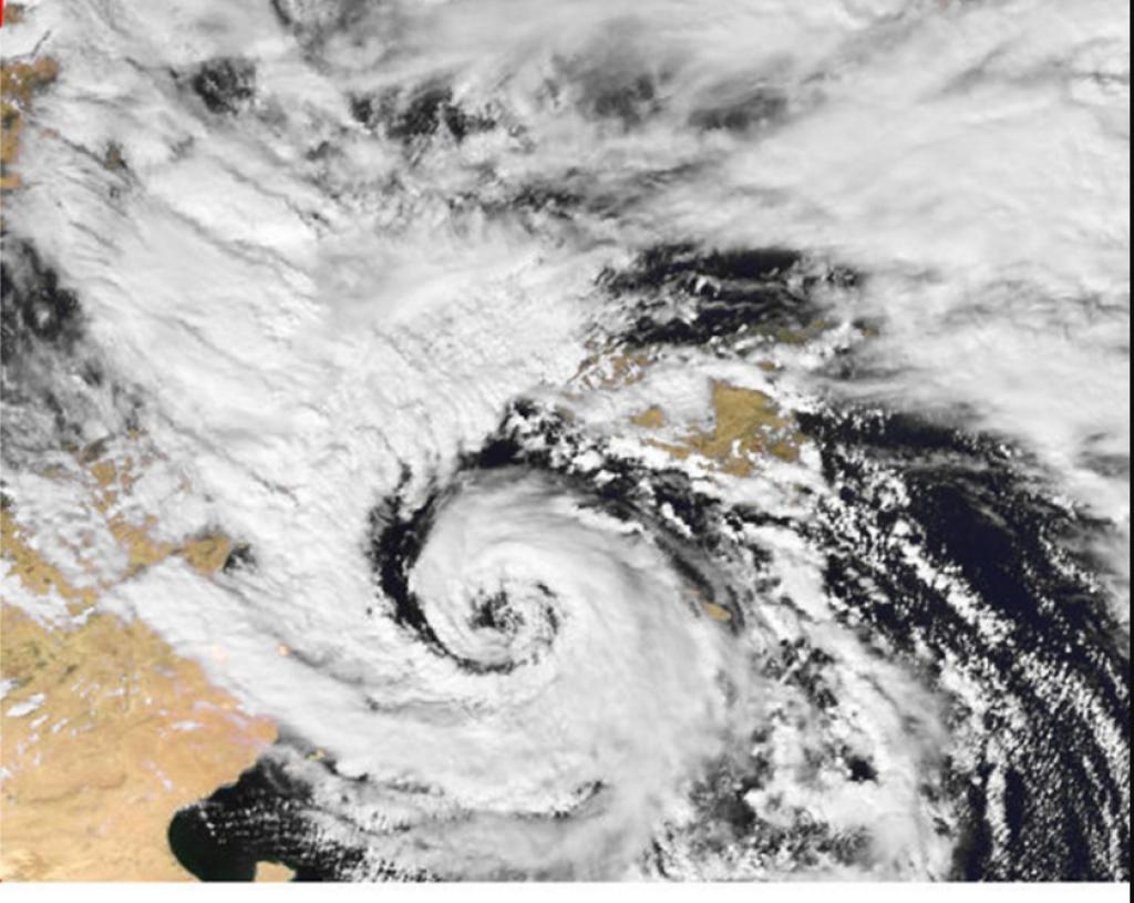 Medicane, quale è la causa degli uragani mediterranei di Andrea Mucedola