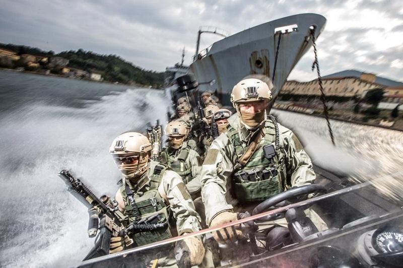 Gli Uomini del COM.SUB.IN., Comando Subacquei ed Incursori della Marina Militare Italiana