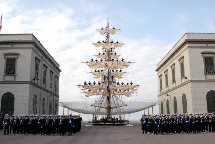 L'Accademia Navale di Livorno, tra tradizione e futuro di Andrea Mucedola