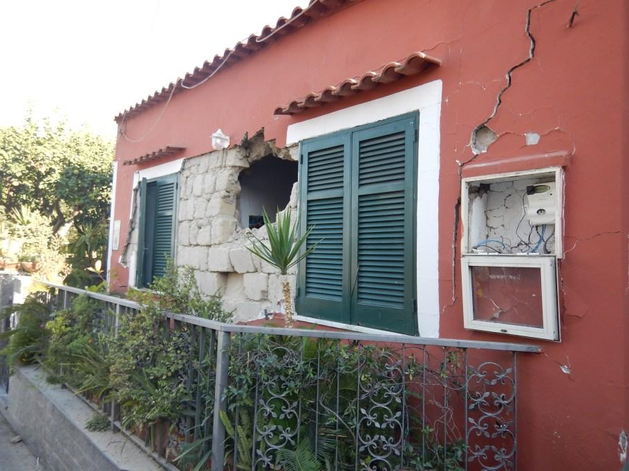 Terremoti a Ischia: quali le cause?