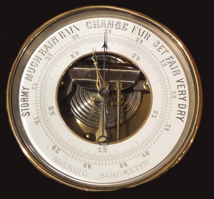 Il barometro marino, uno strumento antico ma molto utile