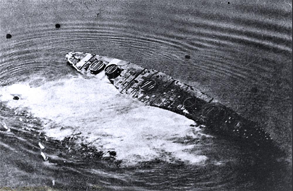 Ritrovata l'impronta della corazzata Leonardo da Vinci nei fondali del Mar Piccolo