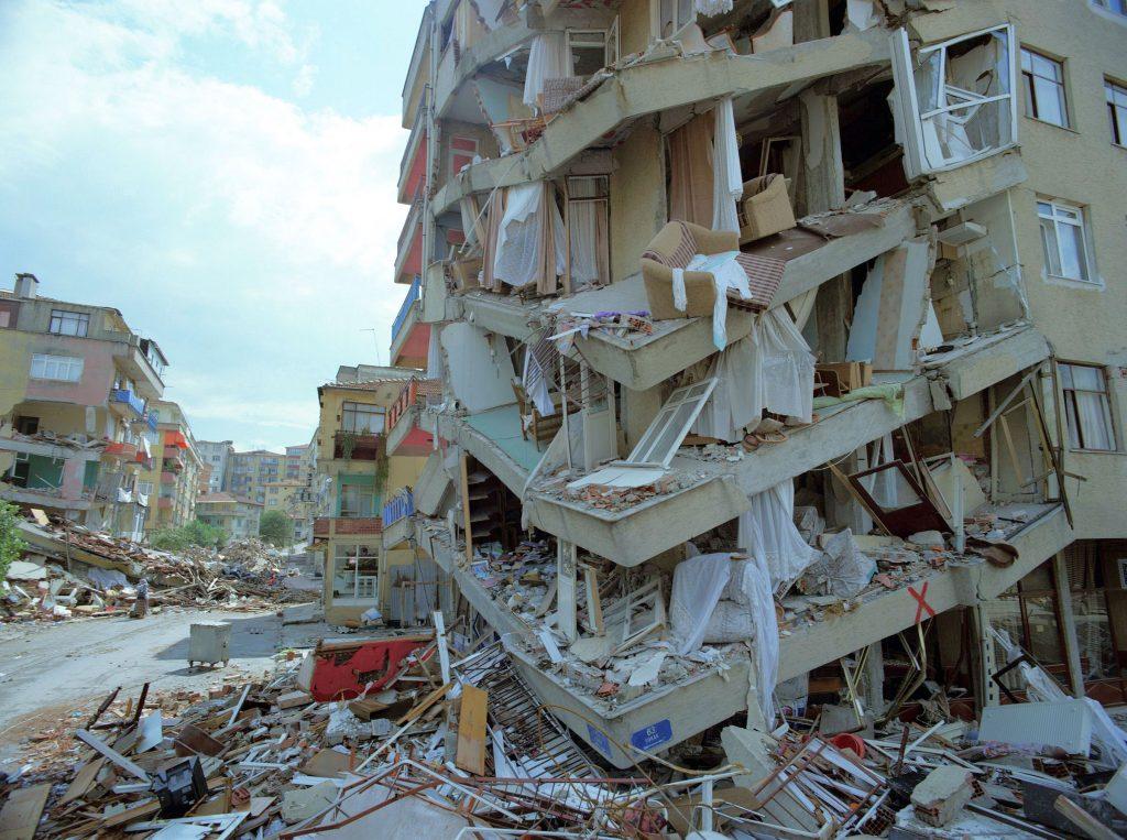 Nuovo sisma sulla costa occidentale turca. Cosa sta succedendo?