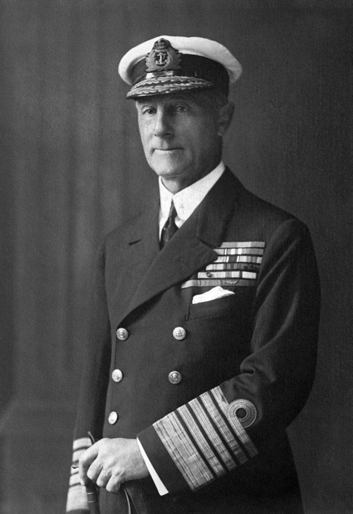 Questa immagine ha l'attributo alt vuoto; il nome del file è John_Jellicoe_Admiral_of_the_Fleet-703x1024.jpg