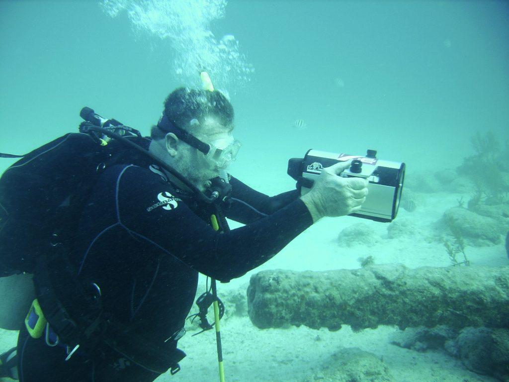 Questa immagine ha l'attributo alt vuoto; il nome del file è archeo-underwater-archaeology-1024x768.jpg