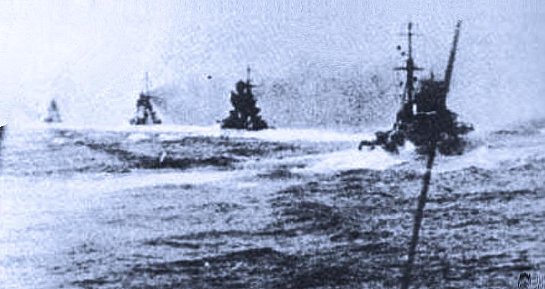 Questa immagine ha l'attributo alt vuoto; il nome del file è matapan-Garibaldi-Fiume-Pola-e-Zara-28-mar-1941.png