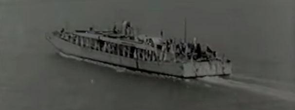 Questa immagine ha l'attributo alt vuoto; il nome del file è traghetto-italiano-da-messina-3.jpg