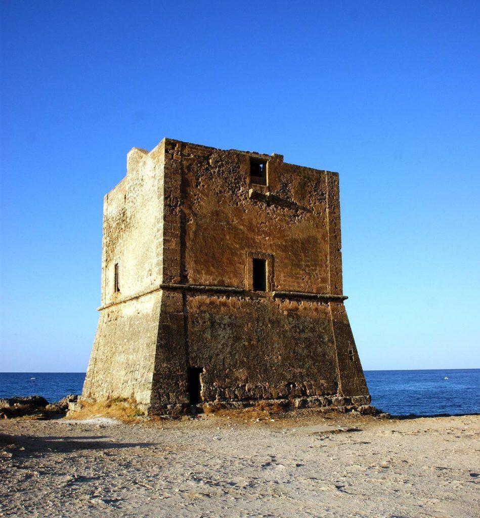 Questa immagine ha l'attributo alt vuoto; il nome del file è Torre-Pozzillo-barbareschi-949x1024.jpeg