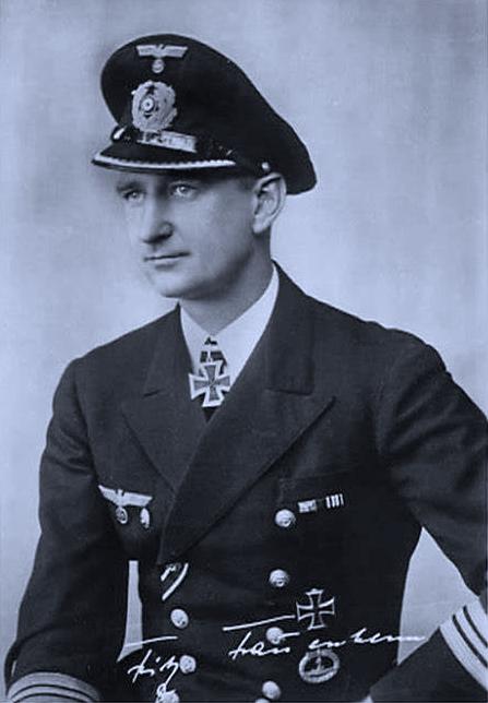 Questa immagine ha l'attributo alt vuoto; il nome del file è Hellmuth-Heye-german-navy-captain.png