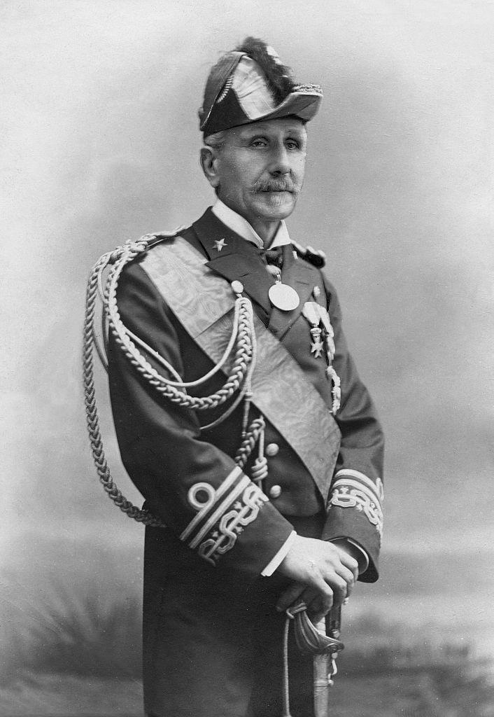 Questa immagine ha l'attributo alt vuoto; il nome del file è ammiraglio-Morin_Enrico.png