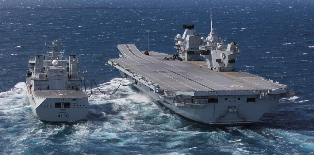Questa immagine ha l'attributo alt vuoto; il nome del file è queen-elizabeth-royal-navy-carrier-1024x505.jpg
