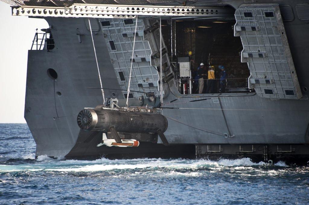 Questa immagine ha l'attributo alt vuoto; il nome del file è Navy-RMS-Remote-Mine-Hunting-System-070112-N-PB086-060-1024x681-1.jpg