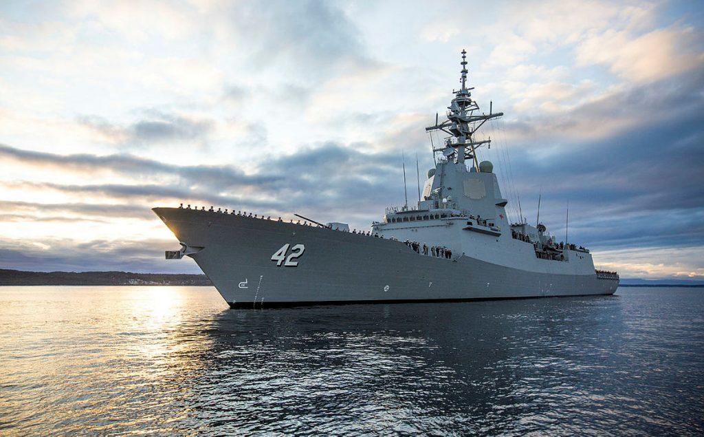 Questa immagine ha l'attributo alt vuoto; il nome del file è royal-australian-navy-hmas-sydney-air-warfare-destroyer-commissions-at-sea-1024x635.jpg