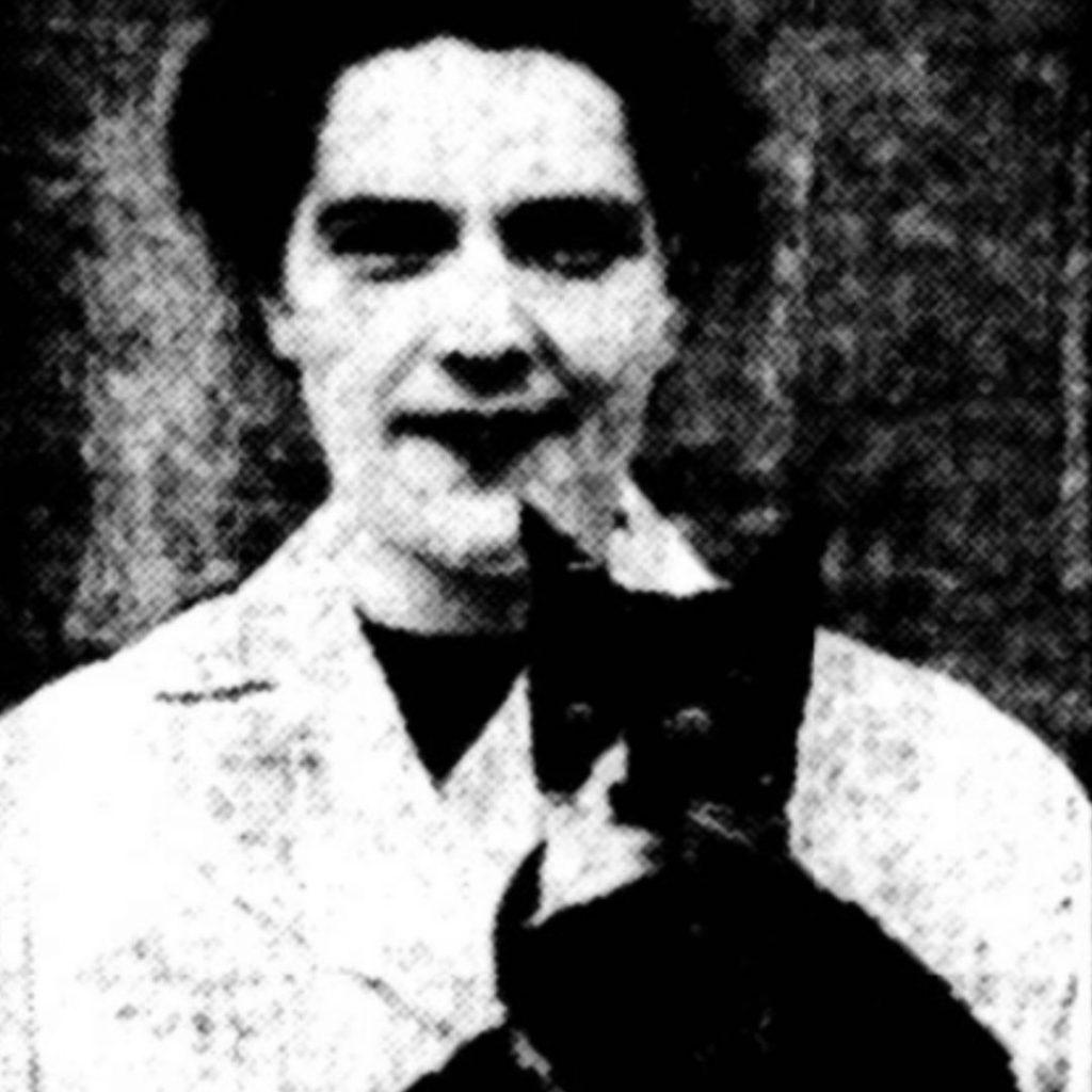 Questa immagine ha l'attributo alt vuoto; il nome del file è wartime-ni-oscar-the-cat-1080x1080-1-1024x1024.jpg
