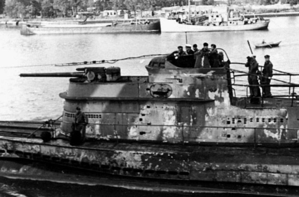 Questa immagine ha l'attributo alt vuoto; il nome del file è german-submarine-1024x675.jpg