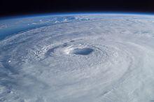 El Niño contro le Niña: la loro influenza sulla formazione degli Uragani e dei Cicloni tropicali
