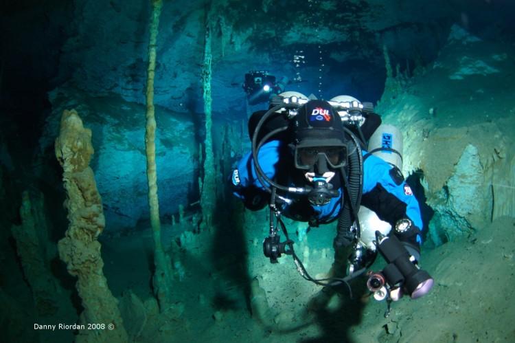 Immersioni in grotta: consigli e accorgimenti per la preservazione dell'ambiente interno