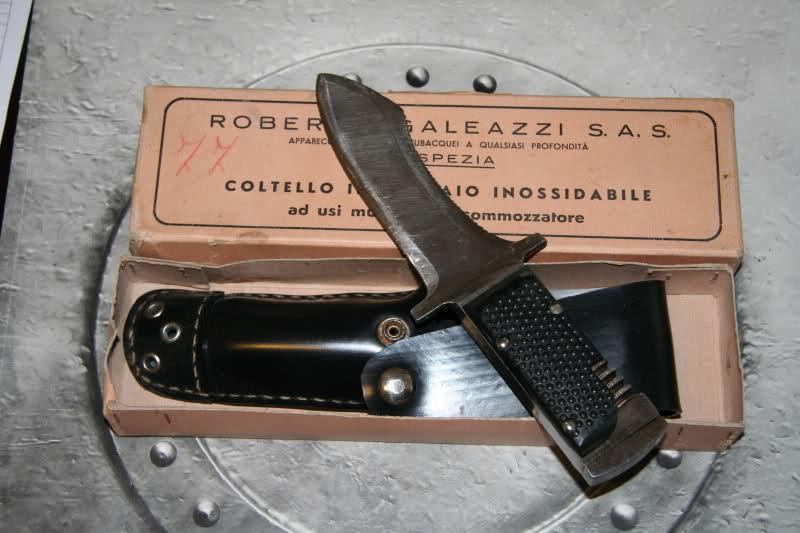 Il coltello da palombaro, attrezzo da lavoro ma anche status simbol